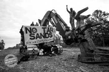Tar Sands Blockade -- photo by Laura Borealis